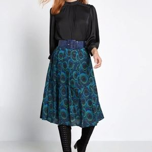Modcloth All or Nothing Green Pleated Midi Skirt 4
